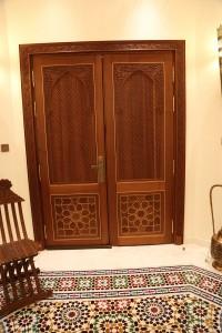 wooden-carving-door-11