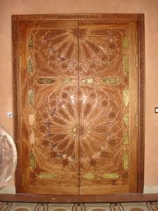 wooden-carving-door-3